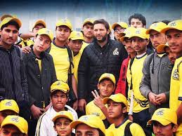 Afridi to fly 150 APS students to PSL launch in Dubai