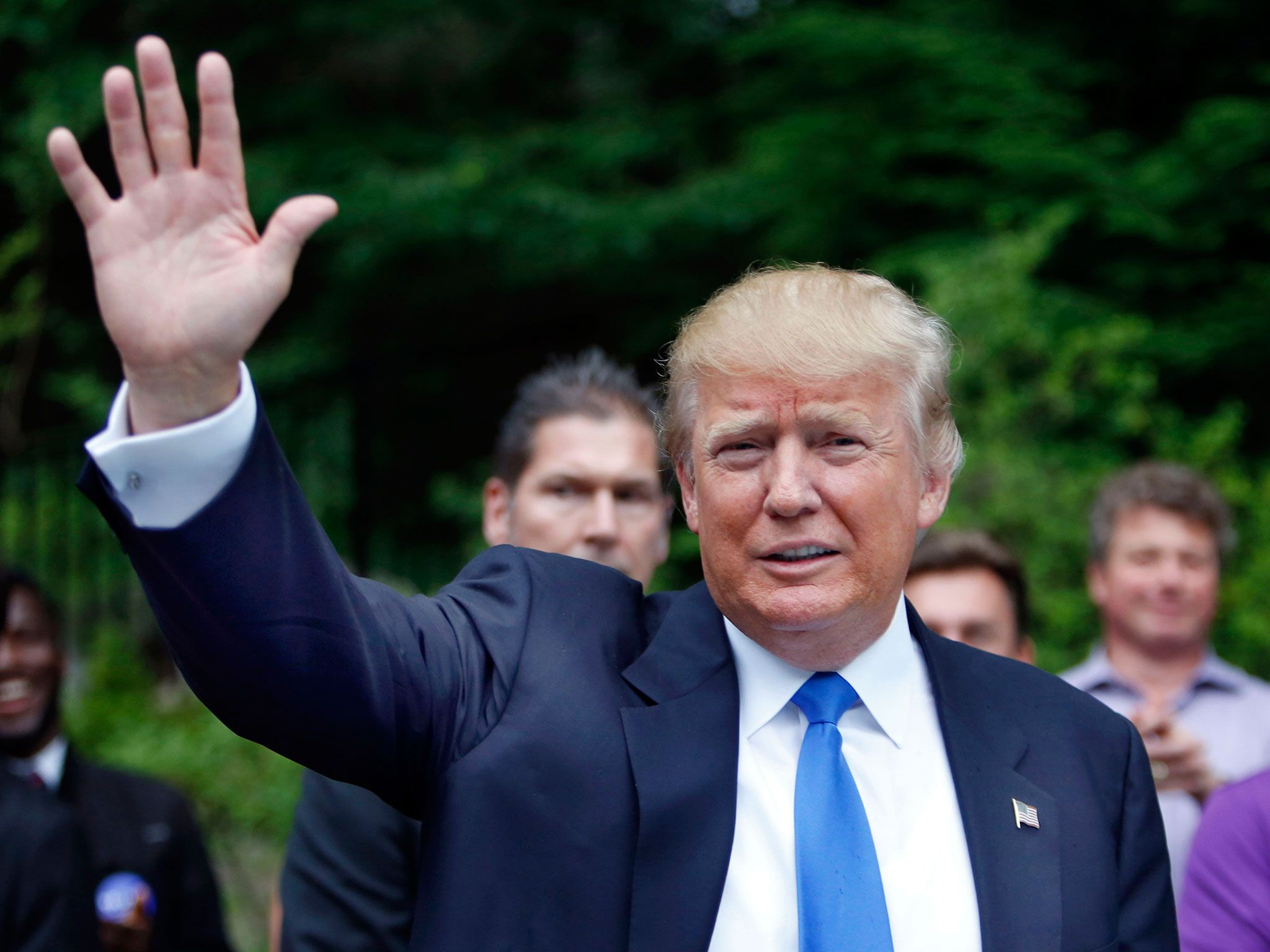 Donald Trump tops 40% in new national poll