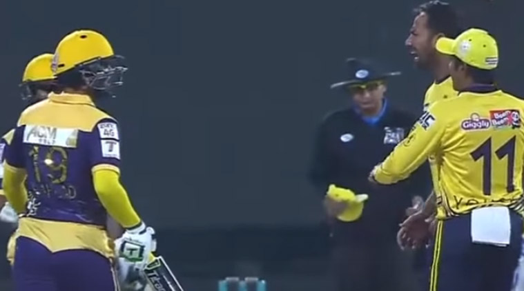 Fight Wahab Riaz and Ahmed Shehzad in Live Psl Match