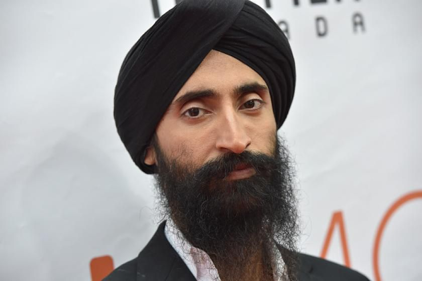 Sikh actor barred from boarding plane because of his turban