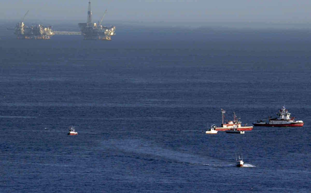 Two planes have crashed off the coast of Los Angeles