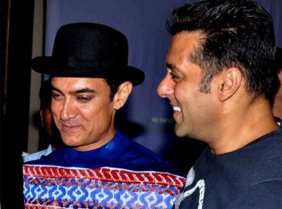 Here's what Aamir had to say about Salman Khan's marriage