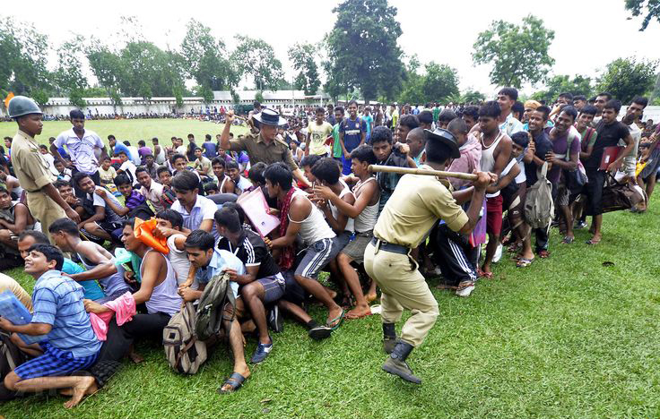 Indian army makes job applicants strip for test